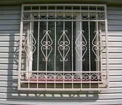Металлические решетки на окна наружные