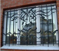 Сварные решетки на окна с художественной ковкой